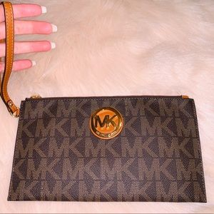 Michael Kors Clutch/Wristlet   Never used!